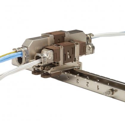 Connecteur QuickMating série QM pour l'aérospatiale