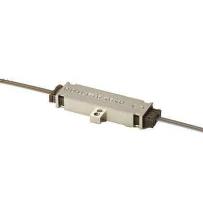 Connecteurs fibre optique carte à carte