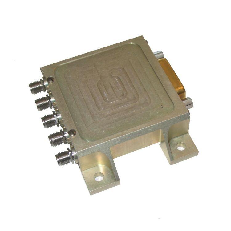 Commutateur d'espace DP3T de faible puissance
